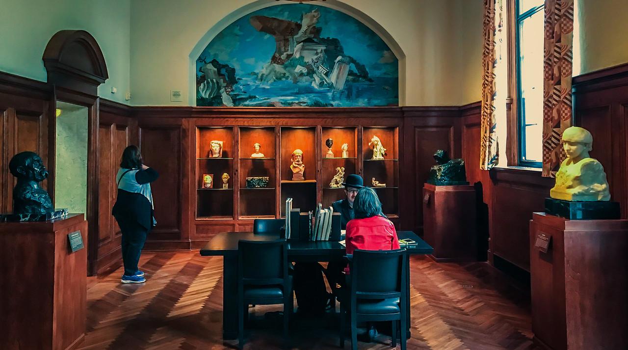 罗丹博物馆内的一景一幕_图1-9