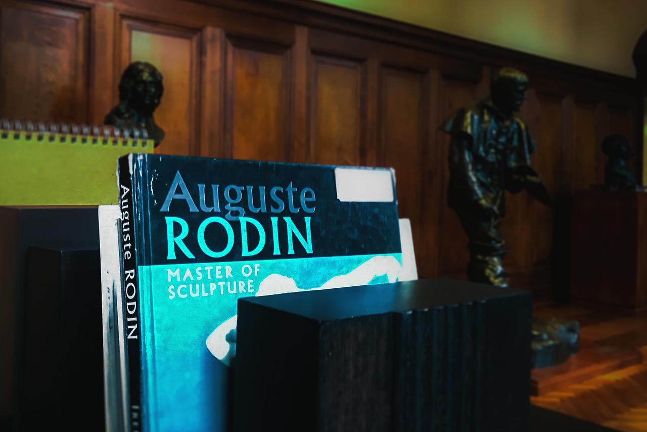 罗丹博物馆内的一景一幕_图1-4