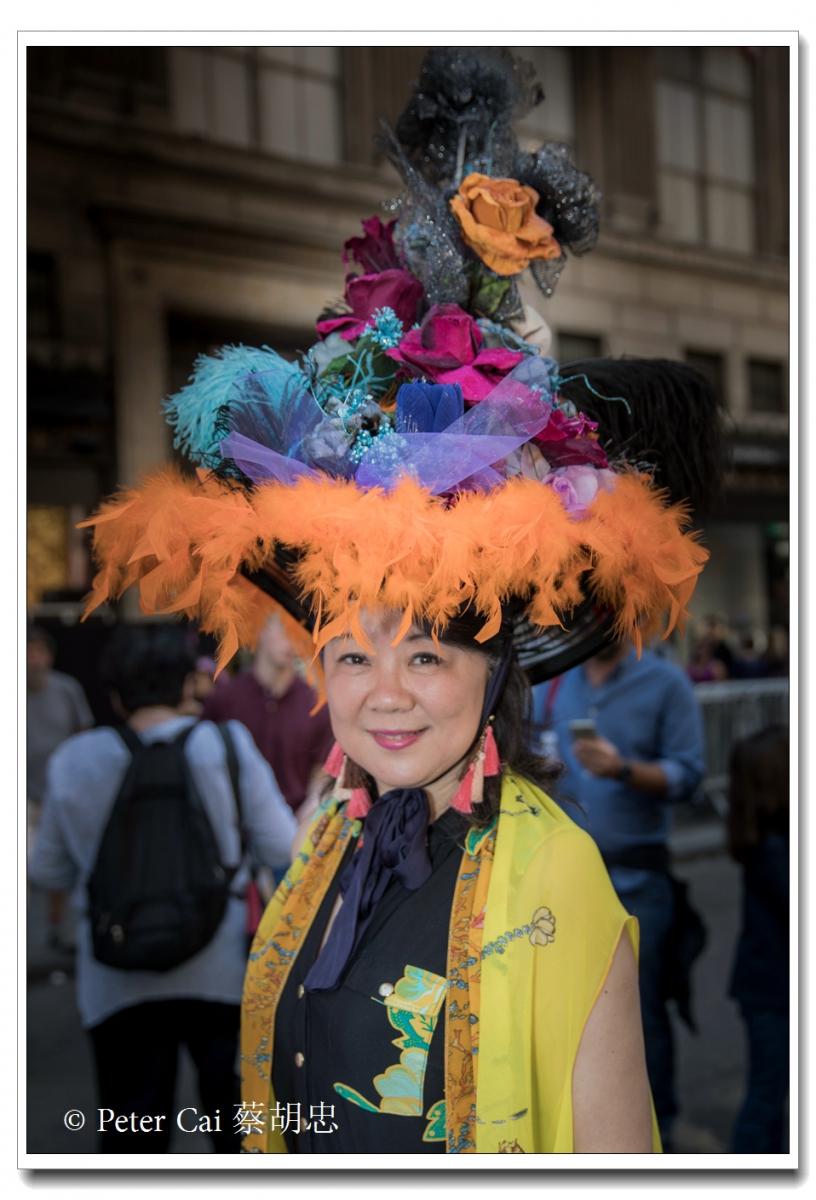 """纽约复活节游行,上演""""最新奇别致的帽子""""_图1-15"""