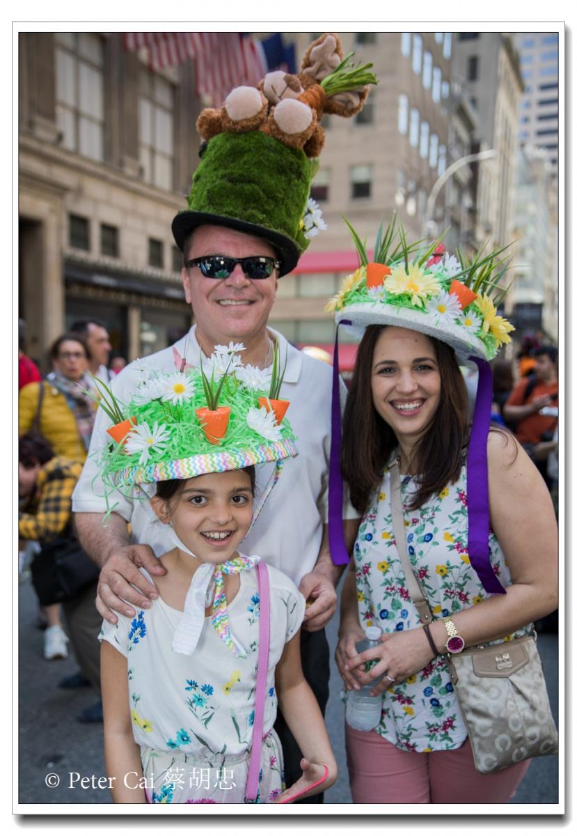 """纽约复活节游行,上演""""最新奇别致的帽子""""_图1-16"""