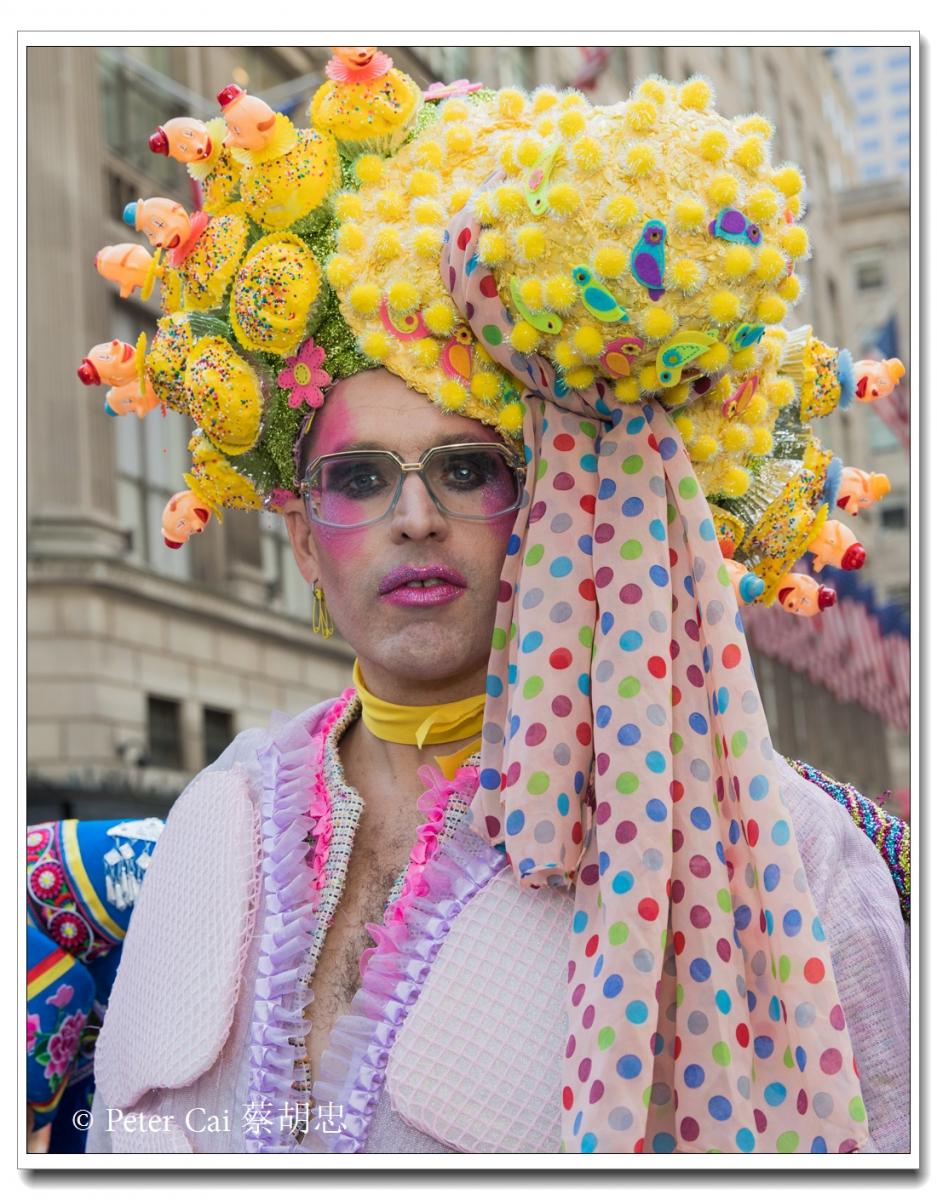 """纽约复活节游行,上演""""最新奇别致的帽子""""_图1-21"""