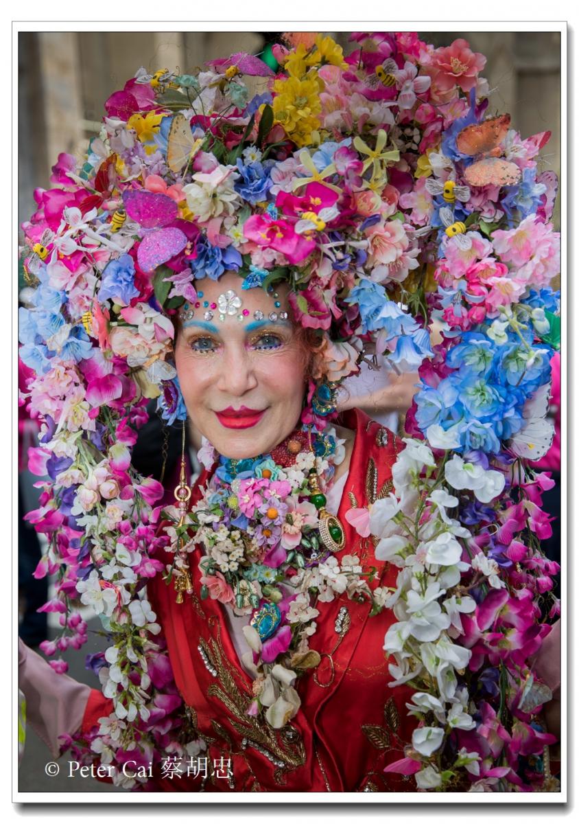"""纽约复活节游行,上演""""最新奇别致的帽子""""_图1-23"""
