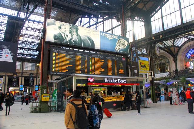 里昂火车站与攴厅_图1-3