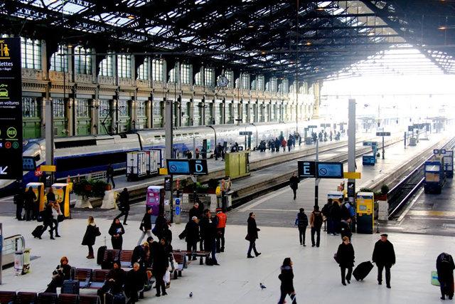 里昂火车站与攴厅_图1-4