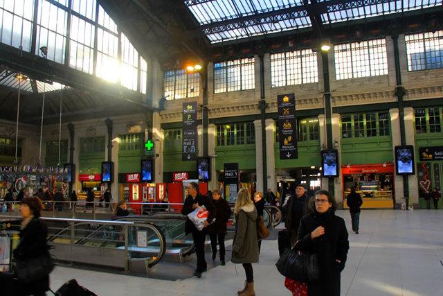 里昂火车站与攴厅_图1-5