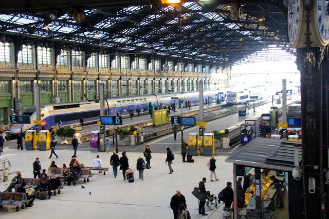 里昂火车站与攴厅_图1-9
