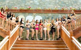 在临沂蒙山康谷温泉 与22位泳装女孩相遇在