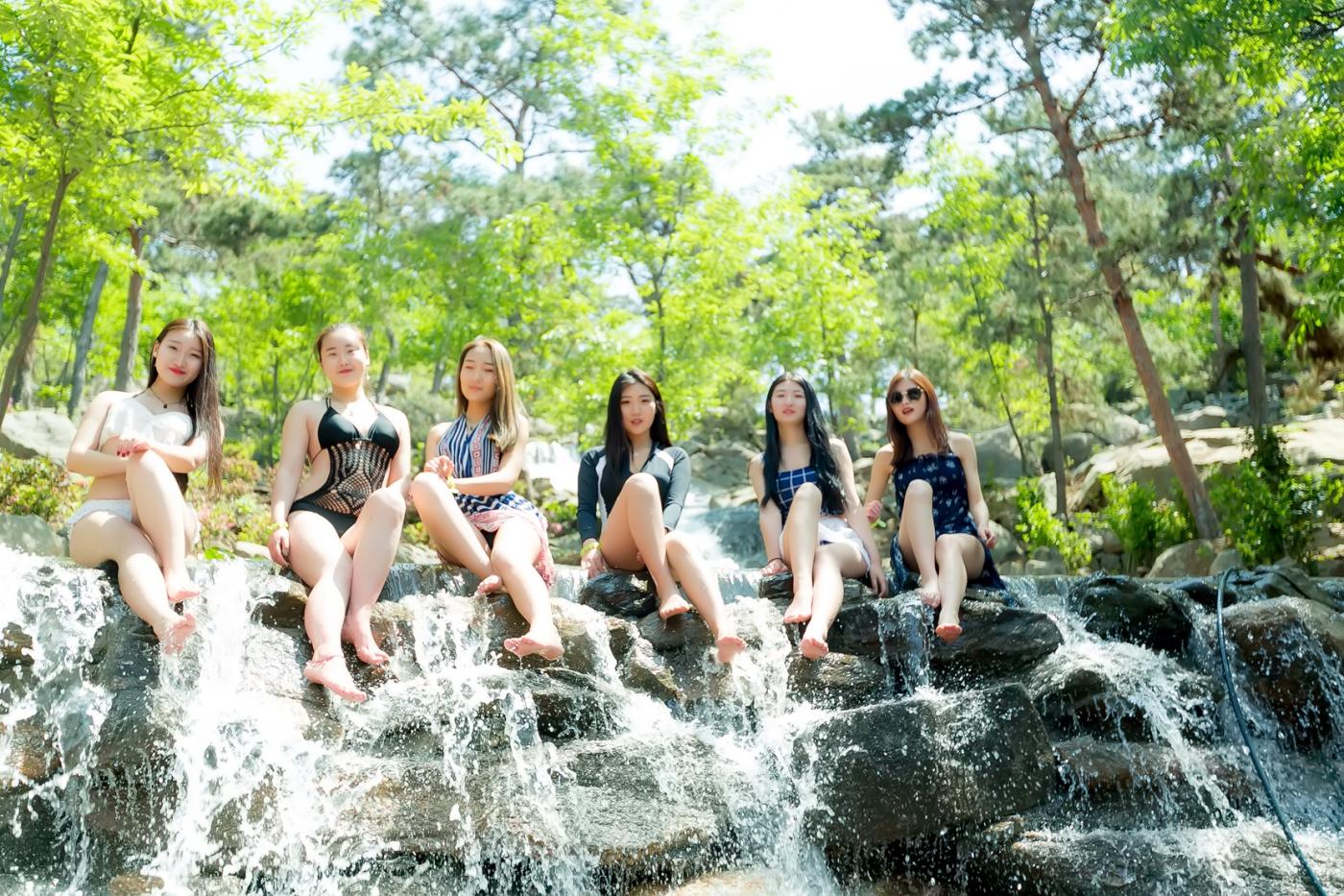 在临沂蒙山康谷温泉 与22位泳装女孩相遇在这里_图1-25
