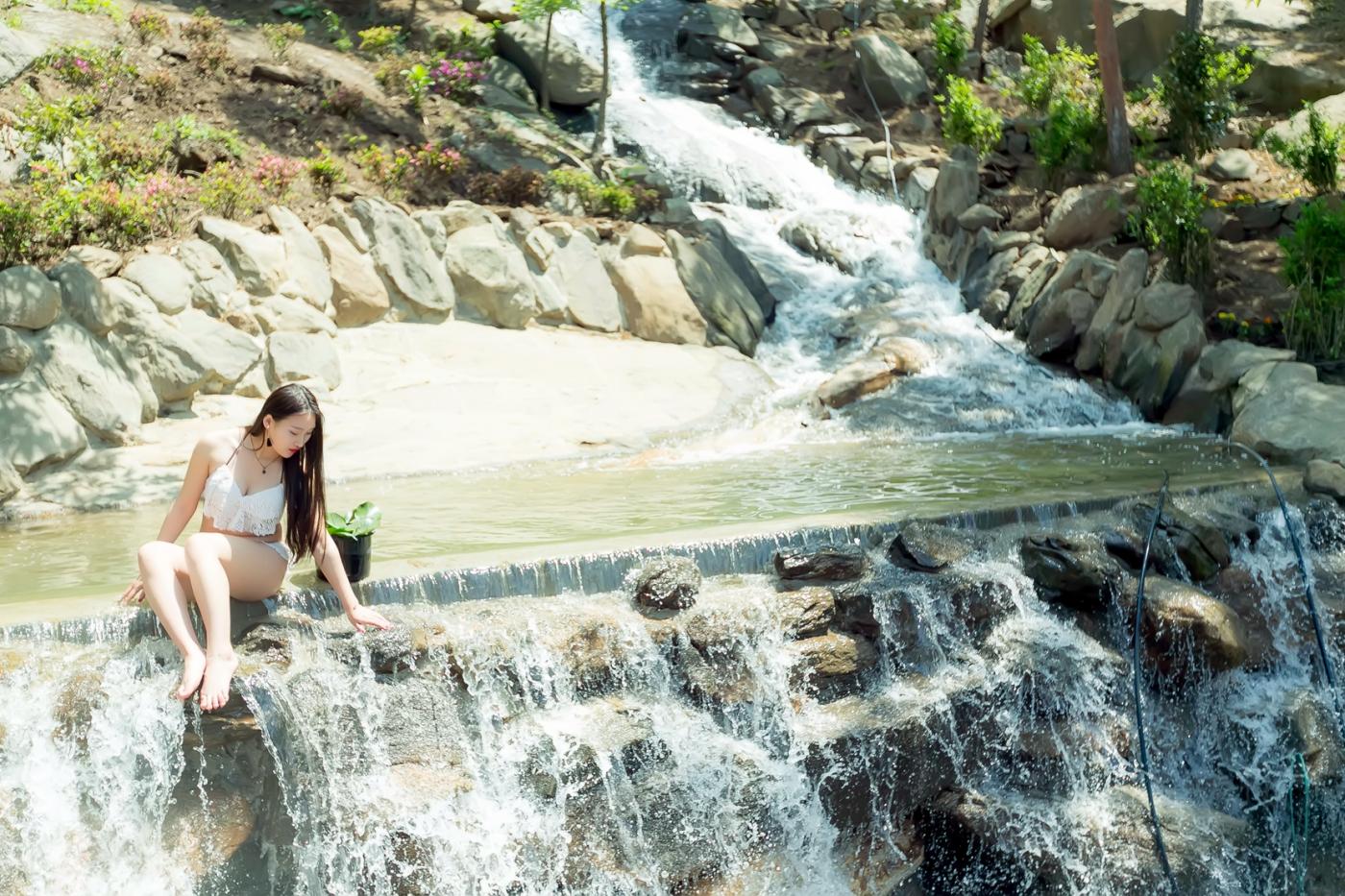 在临沂蒙山康谷温泉 与22位泳装女孩相遇在这里_图1-27