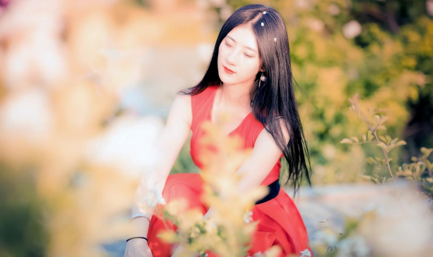 临沂大学有这么一道美丽的蔷薇长廊 当蔷薇MM王璐在她面前走过 ..._图1-6