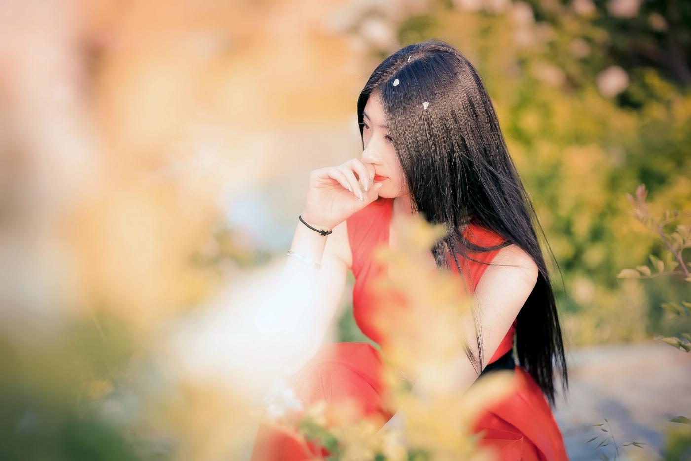 临沂大学有这么一道美丽的蔷薇长廊 当蔷薇MM王璐在她面前走过 ..._图1-7