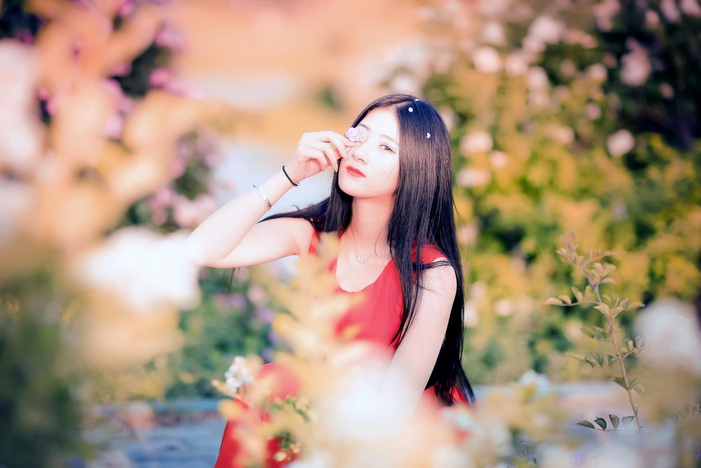 临沂大学有这么一道美丽的蔷薇长廊 当蔷薇MM王璐在她面前走过 ..._图1-8