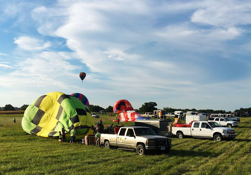 丰收后的放飞——莫斯比热气球节_图1-17