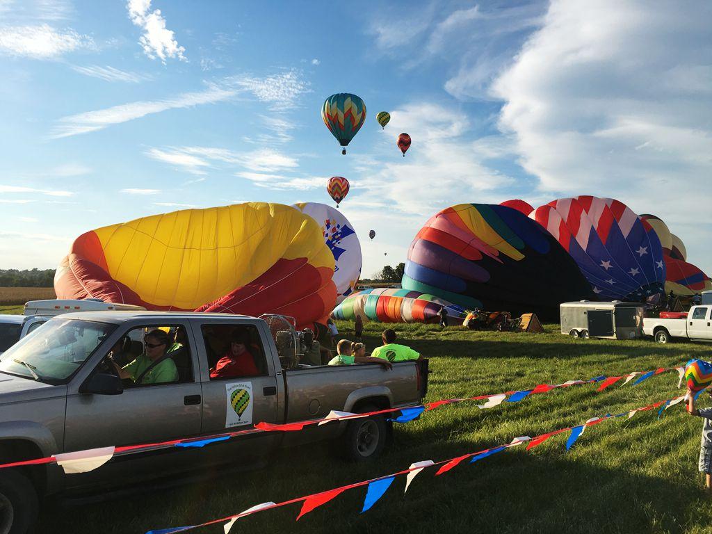 丰收后的放飞——莫斯比热气球节_图1-19