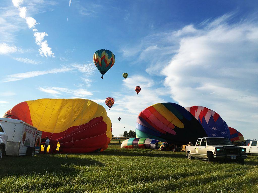 丰收后的放飞——莫斯比热气球节_图1-20