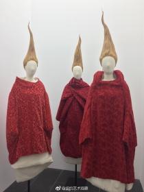纽约大都会博物馆川久保玲服装大展