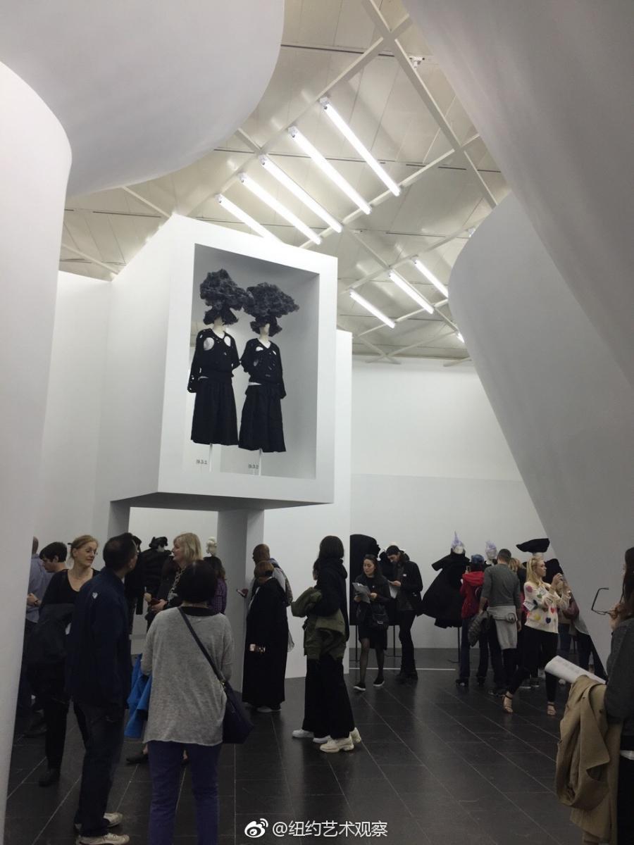 纽约大都会博物馆川久保玲服装大展_图1-11