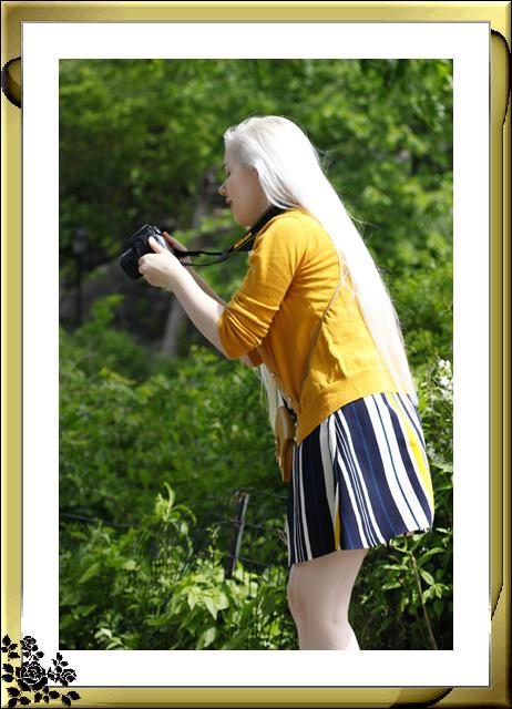 中央公园初夏,树木茂盛,花卉盛开,风景优美,游客兴旺! ..._图1-11
