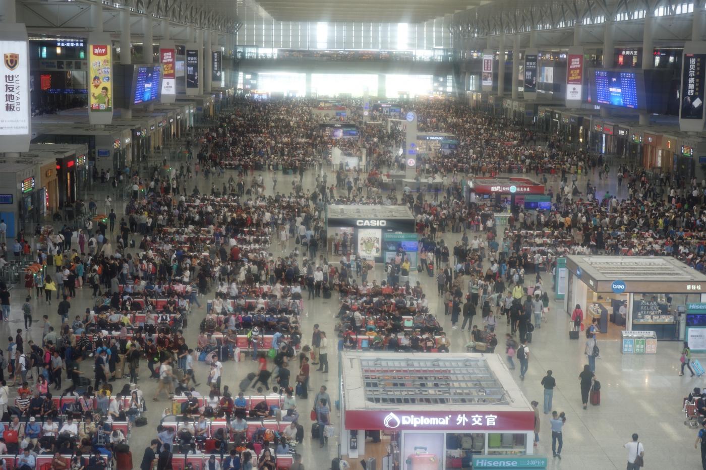 每次搭乘中国高铁我就会想起这个人_图1-1