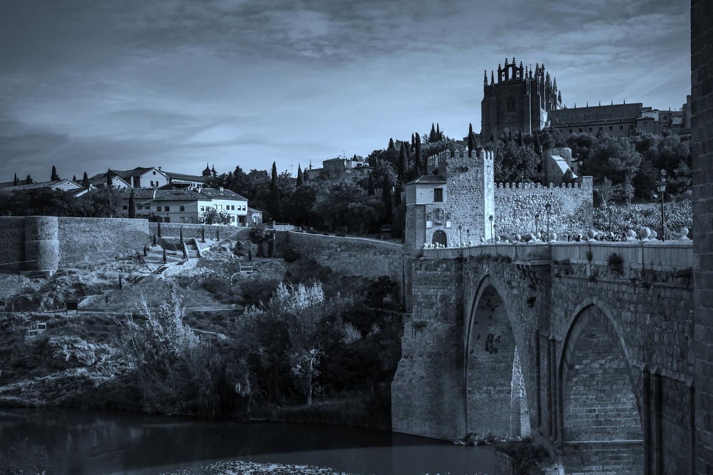 西班牙托莱多,走石桥看古城_图1-7