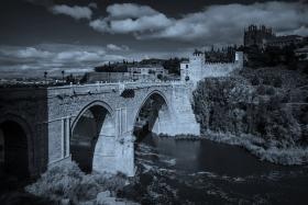 西班牙托莱多,走石桥看古城