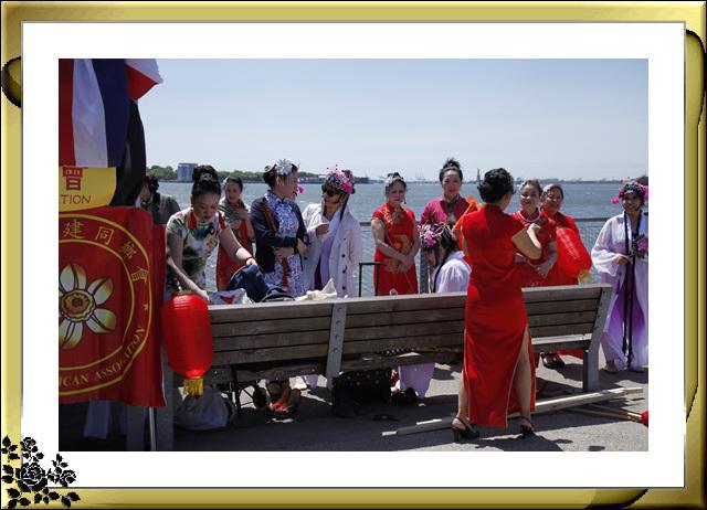 布鲁克林亚裔文化节21日在布鲁克林大桥公园举行,节目异彩纷呈 ... ..._图1-7