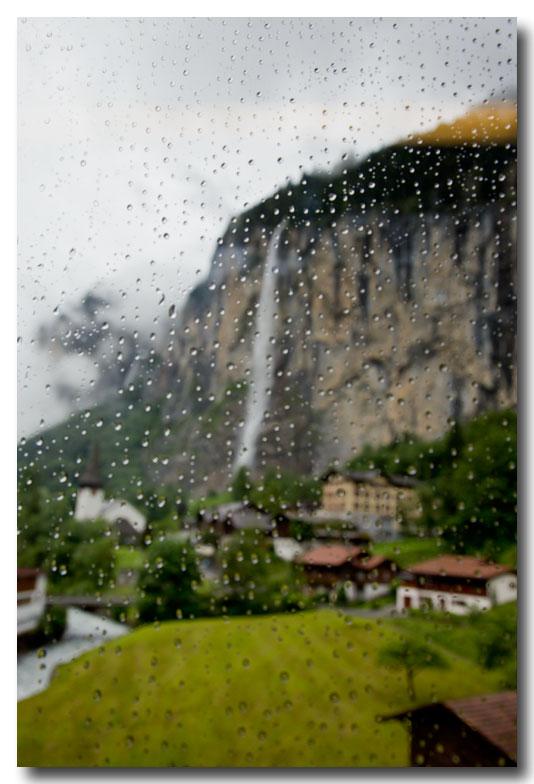 《酒一船摄影》:瑞士行-瀑布小镇劳特布伦嫩_图1-2