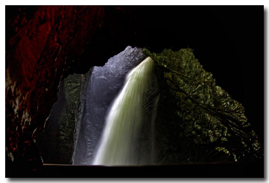 《酒一船摄影》:瑞士行-瀑布小镇劳特布伦嫩_图1-11