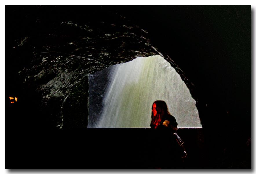 《酒一船摄影》:瑞士行-瀑布小镇劳特布伦嫩_图1-12