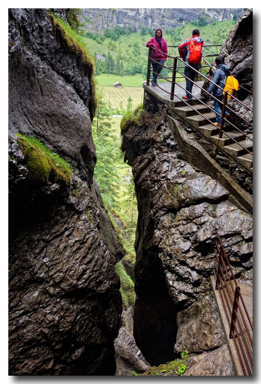 《酒一船摄影》:瑞士行-瀑布小镇劳特布伦嫩_图1-18