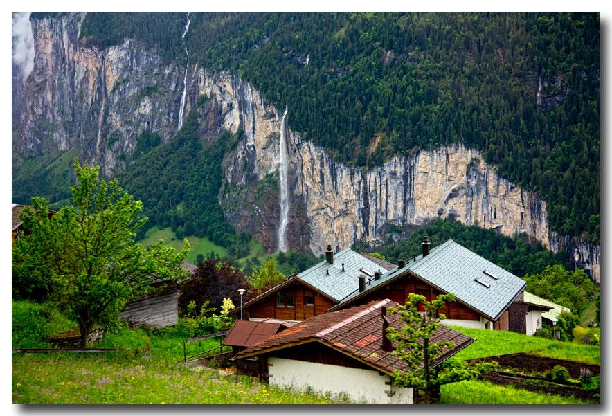 《酒一船摄影》:瑞士行-瀑布小镇劳特布伦嫩_图1-23