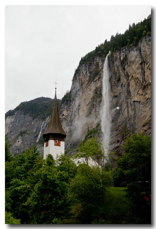 《酒一船摄影》:瑞士行-瀑布小镇劳特布伦嫩_图1-24