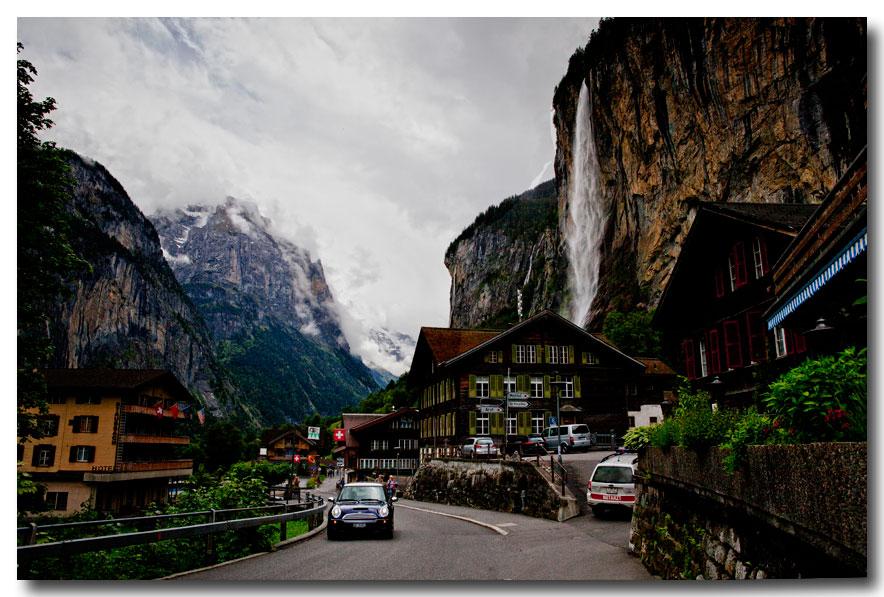 《酒一船摄影》:瑞士行-瀑布小镇劳特布伦嫩_图1-26