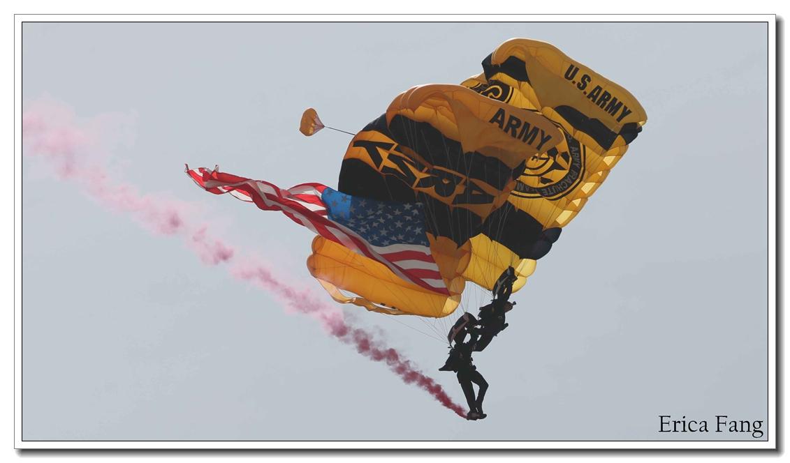 六只眼:国殇日伞兵的风采_图1-4