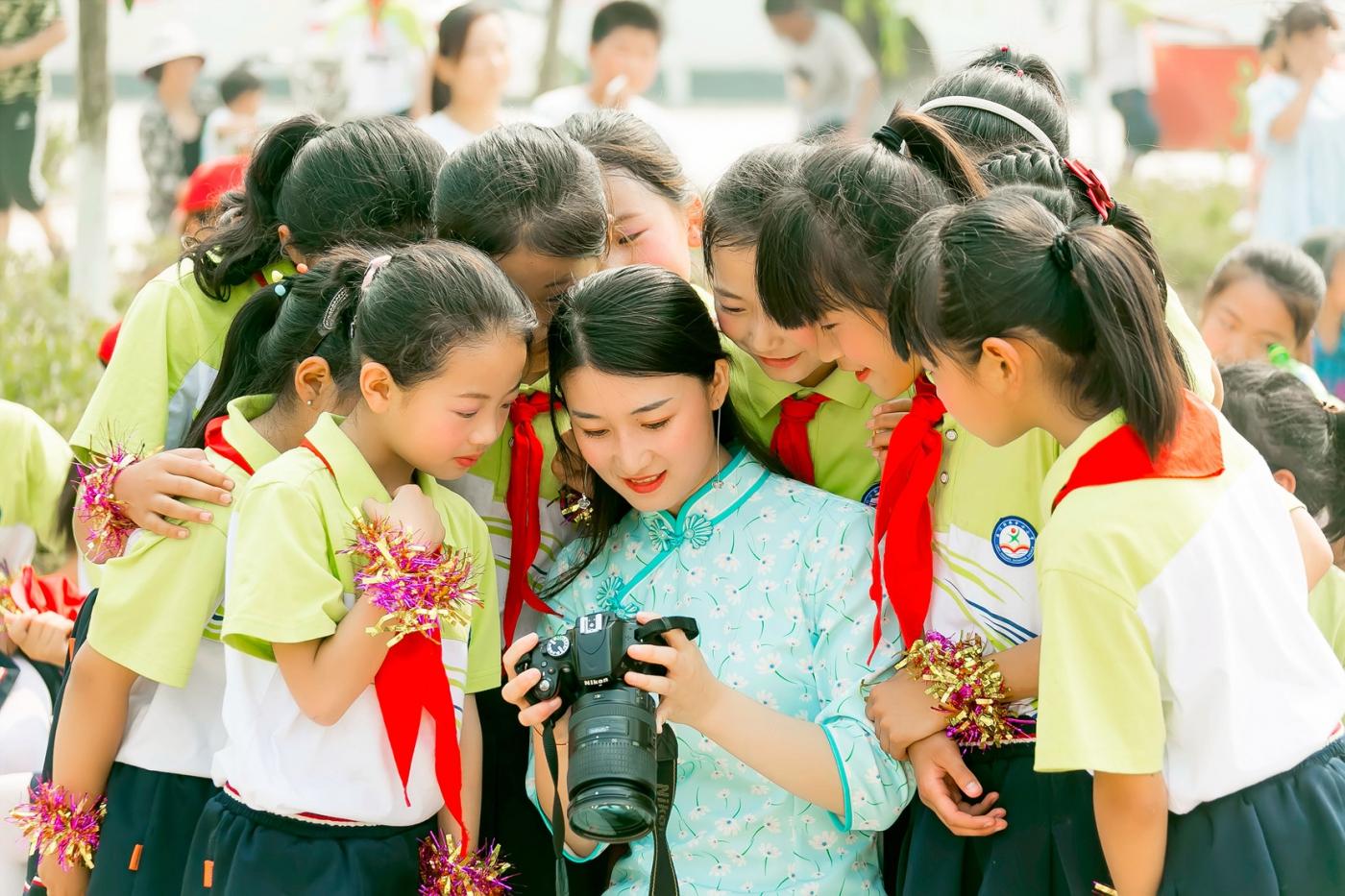 和偶遇的美丽乡村女教师一起过六一_图1-9
