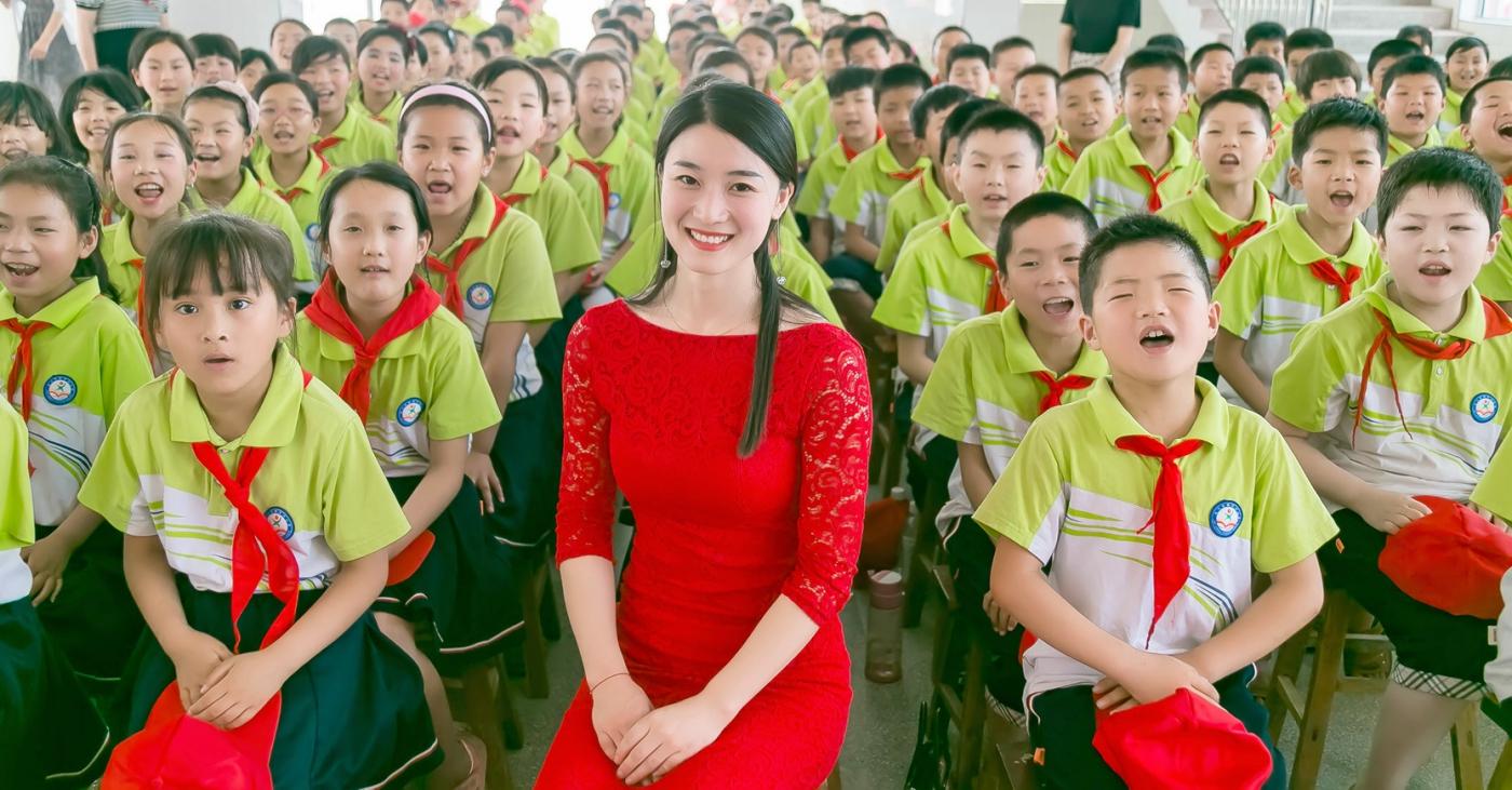 和偶遇的美丽乡村女教师一起过六一_图1-12