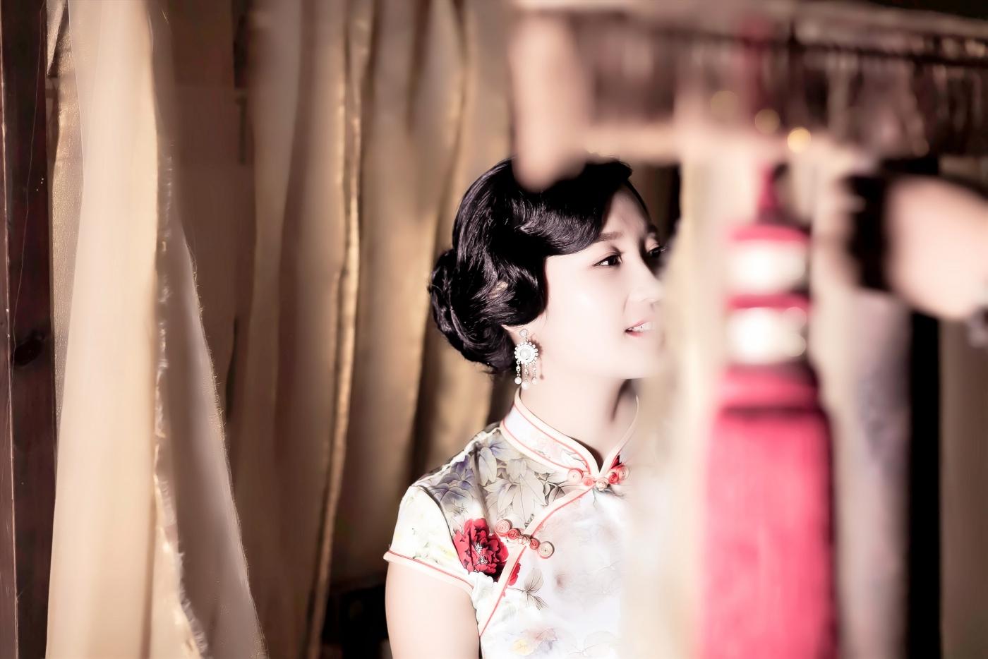 当临沂女孩孔孙懿凡遇到旗袍 一样会像王的女人一样高贵典雅 ..._图1-17