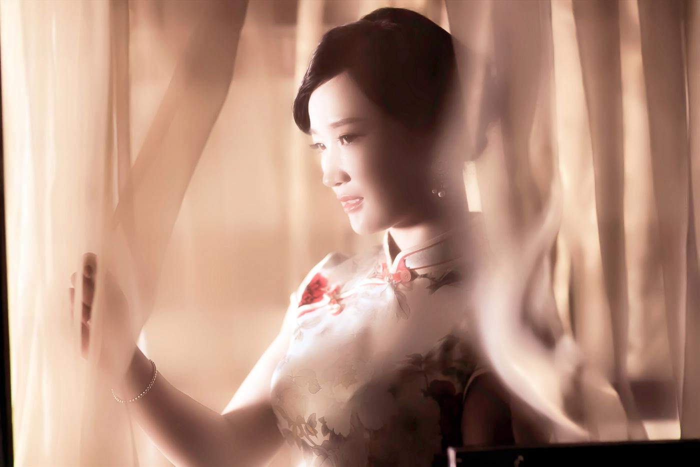 当临沂女孩孔孙懿凡遇到旗袍 一样会像王的女人一样高贵典雅 ..._图1-21