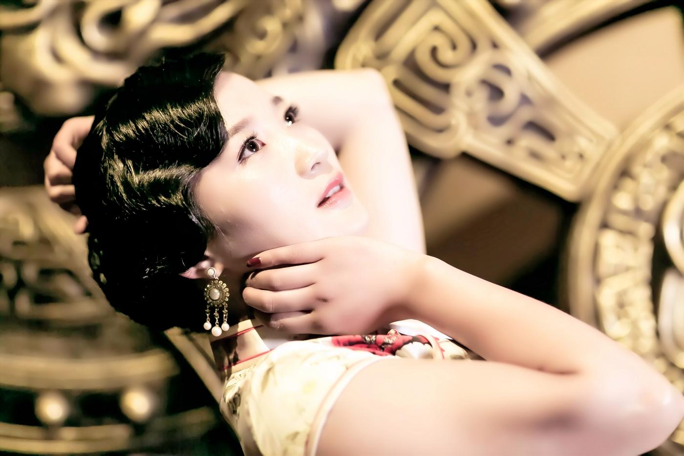 当临沂女孩孔孙懿凡遇到旗袍 一样会像王的女人一样高贵典雅 ..._图1-23