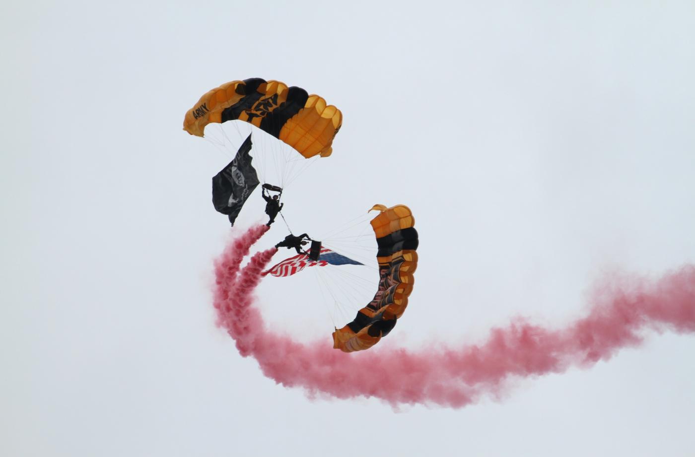 【田螺摄影】2017琼斯航空秀、跳伞、雷鸟、救援_图1-1