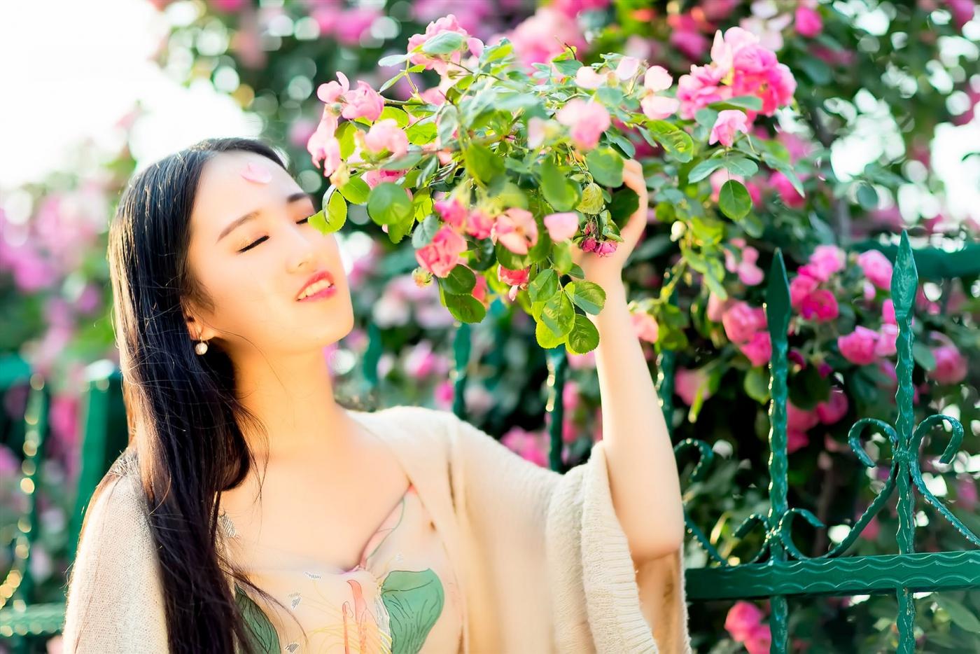 蔷薇·阳光·女孩 去见你想见的人吧_图1-4
