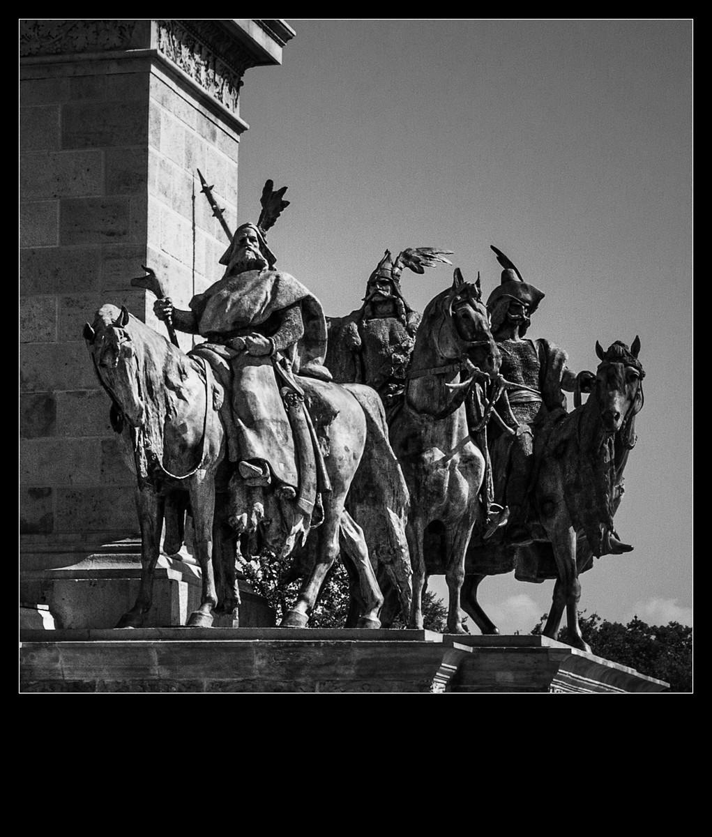 布达佩斯英雄广场的那些英雄们_图1-2