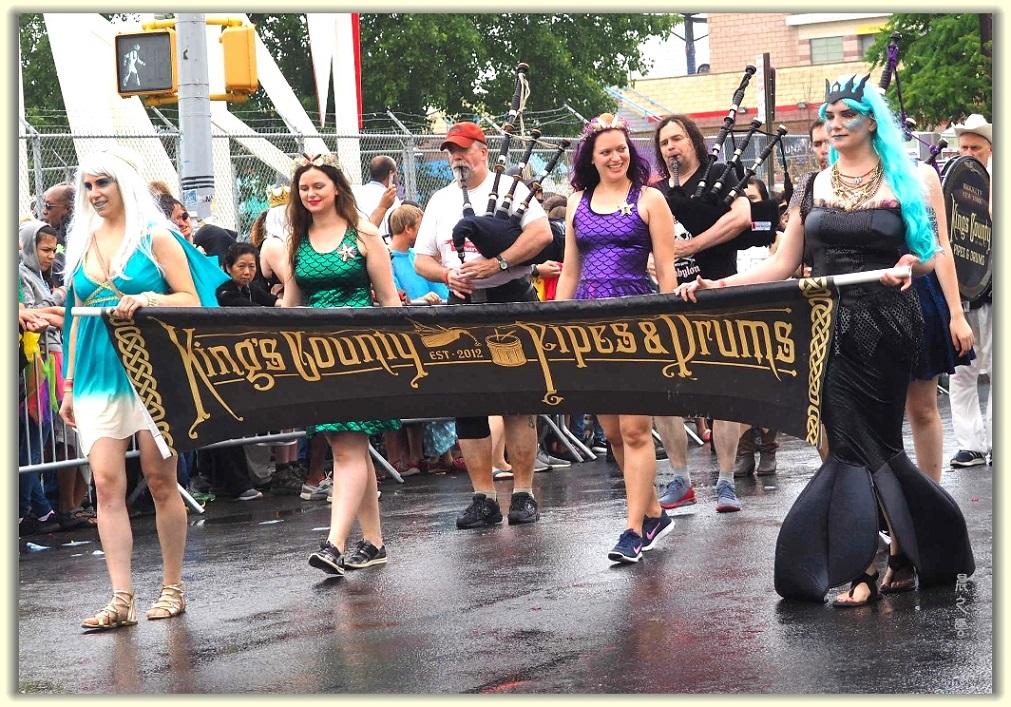 纽约科尼岛美人鱼游行随拍 (Coney Island Mermaid Parade)_图1-2