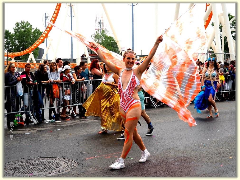 纽约科尼岛美人鱼游行随拍 (Coney Island Mermaid Parade)_图1-3