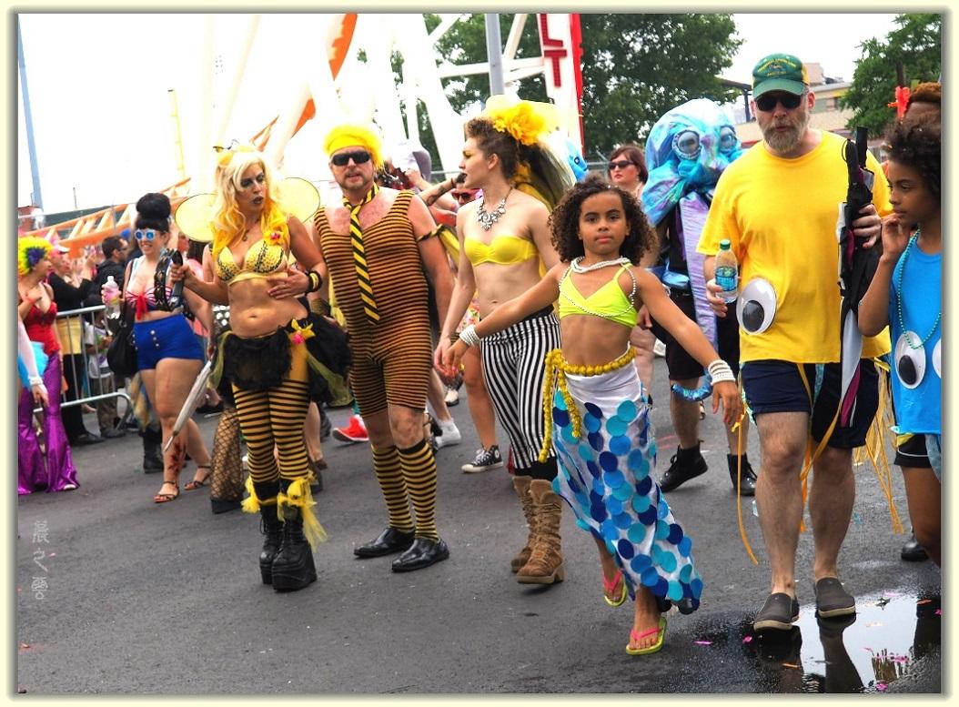 纽约科尼岛美人鱼游行随拍 (Coney Island Mermaid Parade)_图1-8