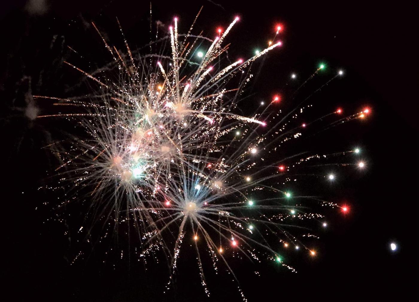 新泽西小镇125岁生日焰火实录_图1-21