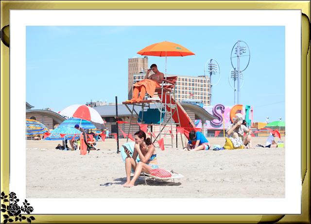 纽约康尼岛海滩夏日风情_图1-1
