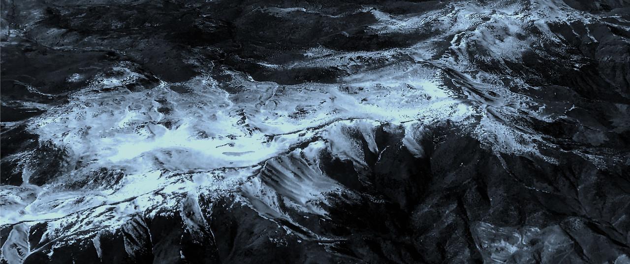 雪山林立,来自高空摄影_图1-3