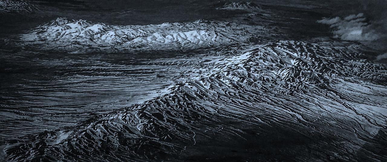 雪山林立,来自高空摄影_图1-1