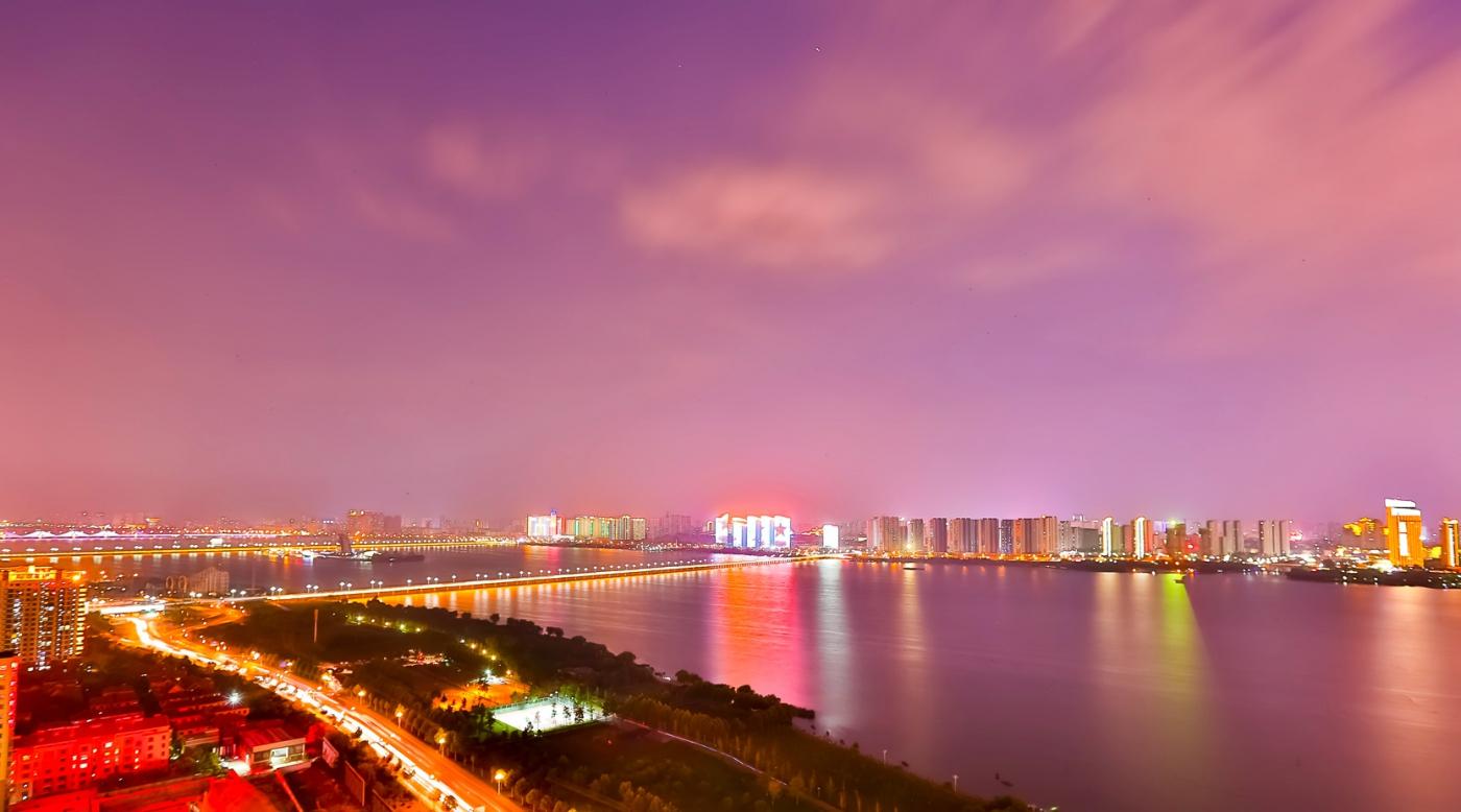 临沂暴雨以前的那个夜晚 从河东看临沂是这个样子的_图1-10
